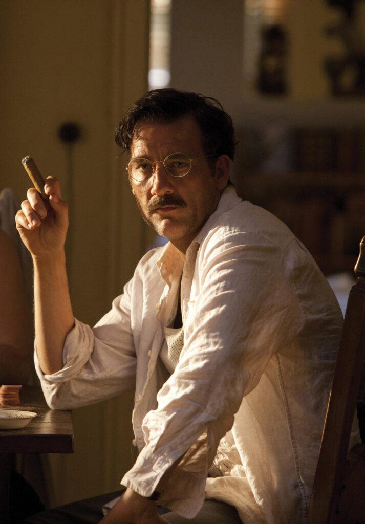 Clive Owen as Ernest Hemingway. Hemingway & Gellhorn HBO/ Photofest