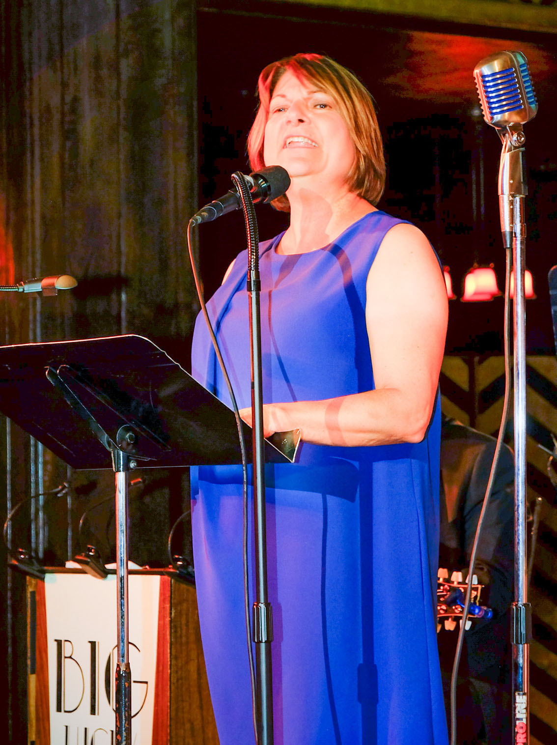 AMPTP President Carol Lombardini gives tribute to Ron Kutak. Photo by Wm. Stetz